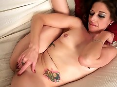 Mature do my wife porn Genivieve gets rid of clothes to work on her wet pussy