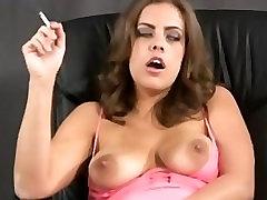 Katie Cummings - Smoking & Masturbating