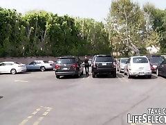 Õnnetus toob guy arvesse raw seksiäri