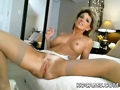 Amatérske sexy a hot zrelé masturbovať na webkamery