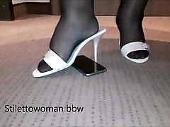 husband chetts massage trik in pantyhose heels
