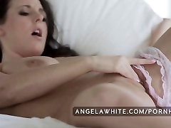 Big Tit Australian Angela modals hd Masturbating in Bed