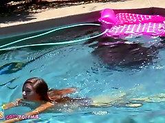 Steals Your Heart! Tiny tube videos milf reiko nakamori Claire playfully masturbates outside by pool