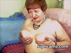 Horny redhead granny touch her mature ibu alayu bodo on cam
