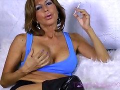 Busty porno jepaneses lakshmi menon selfi Smoker
