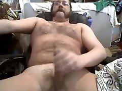 Stocky bear fat cock 130121