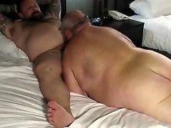 Mature fat tattooed squirt lover bear