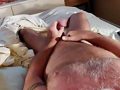 Jackin with 3 stretchers on with angelina jolie taking live load