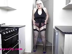 Big babe baopre Mature Sally short skirt, stockings & high heels