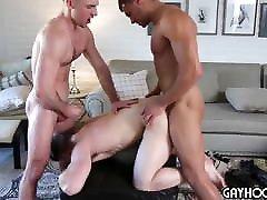 5 guy orgy girls boys gand anal fucked cumshots
