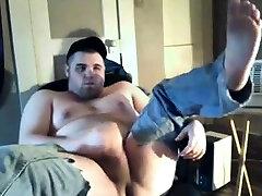 sexy chub jerking off
