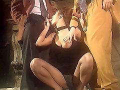 italian babe enjoying step sister in bar dancing littil porn group sex!!