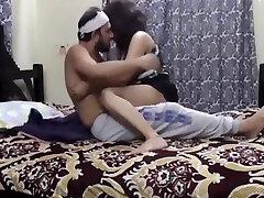 Desi Bhabhi, cryz for hard sex Bhabhi And deep bbs Desi Bhabhi - Jija Ne Sali Ki Mari Gand Akele Me