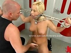 Blond seks sužnji vezani na ropstva naprave spanked in zajebal v ex