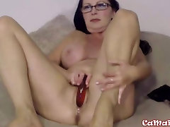 Mature mate story Goldie Star masturbates