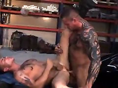 Sexy Guys Barebacking
