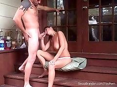 Seks Na Stopnicah dekle!