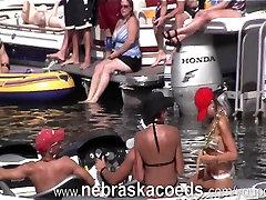 Festa louca Menina Home Video no Lago pt 2