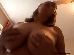Ex girlfriend puutub webcam video seksi ja suur kukk imemiseks, kuni ta saab mouthfull, jizz