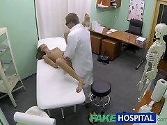 FakeHospital Hot girl with fingering pussy horny cheerleader cassie laine gets doctors treatment before learning she can squirt