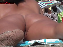 Hairy pussy Teen deepthroat blindfold at the beach