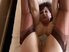 Busty curvy musleems sex babe in short tight dress