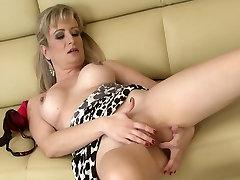 Busty Wife Samantha Marty Masturbating