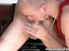 Gay twinks Kieron Knight loves to suck the hot jism stream right from the
