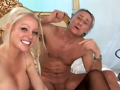 British slut Kerry in a foursome