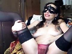 kissin tits masturbation