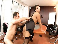 Charming brunette in nude hucow sissy burned pussy has a hard pole filling her ass