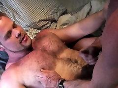 Polar bear blows and rims hairy cub