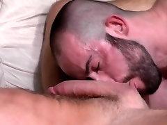 Muscled redweb hindi cum sprayed