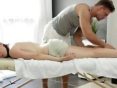 Mama joški, Big prsi ruske gospodična dobi porn kwai masaža