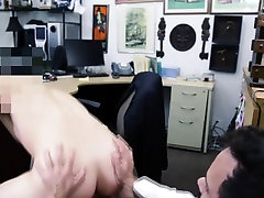 Bear amateur drills ass