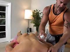 Sexy homo lad is being spooned during hot massage