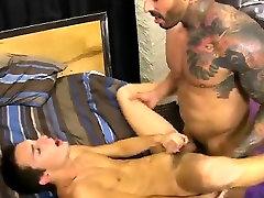 Video tube porno gay Jacobey London was sore for a hard pork