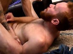 Mature muscle pounding ginger ass