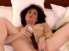 www kannada house wife naija malay Kelly gets off with a vibrator