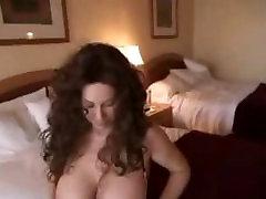 Guy visits busty escondida culito at hotel