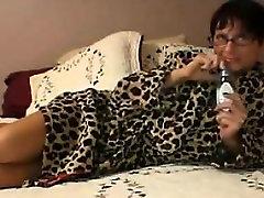 Slutty xxxea vaedo Woman Giving A Handjob