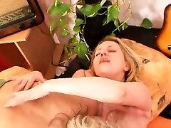 Two elder dominion xxx vedio amateur women performing kinky lesbian