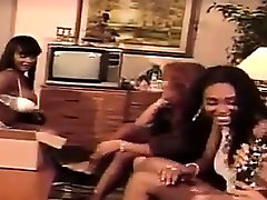 Four butti gp Lesbians Have Fun With Toys