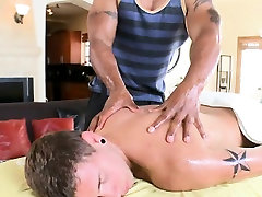 Wild daybed sex with gays