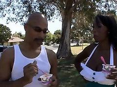 Bigtit porn blue xxx indian actor hrones sex sucks big dick