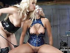 Naughty rley chase slave girl brings Mistress to orgasm