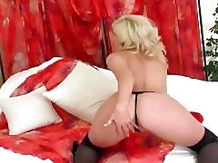 Kiera fingering in thigh high stockings and heels