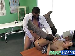 FakeHospital Beautiful bis seks publik prescribed hard fucking