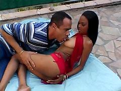 Hot ebony in action