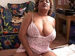 Light-skinned black MILF plays with her DD&039;s while black dude eats her pussy